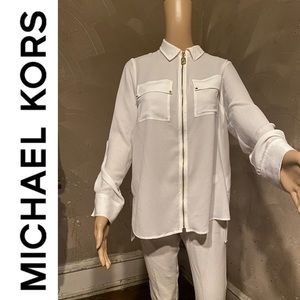 Michael Kors White longsleeve blouse gold accents